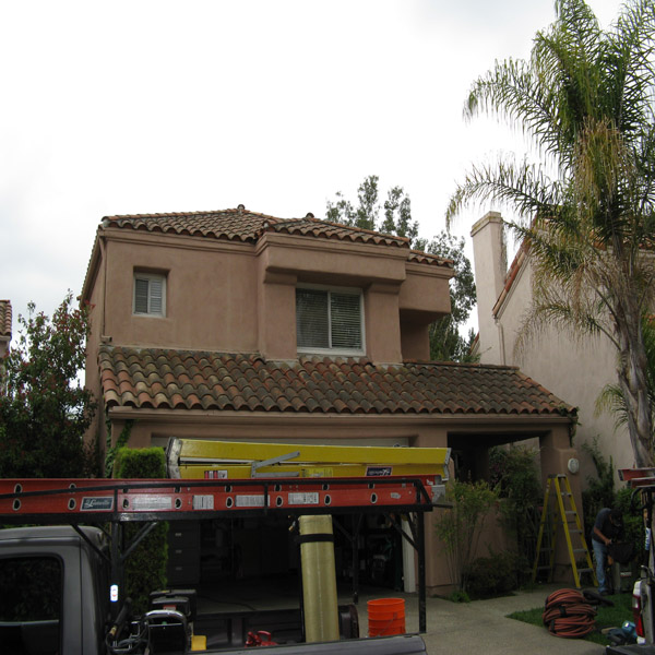Roof Cleaning Before Irvine